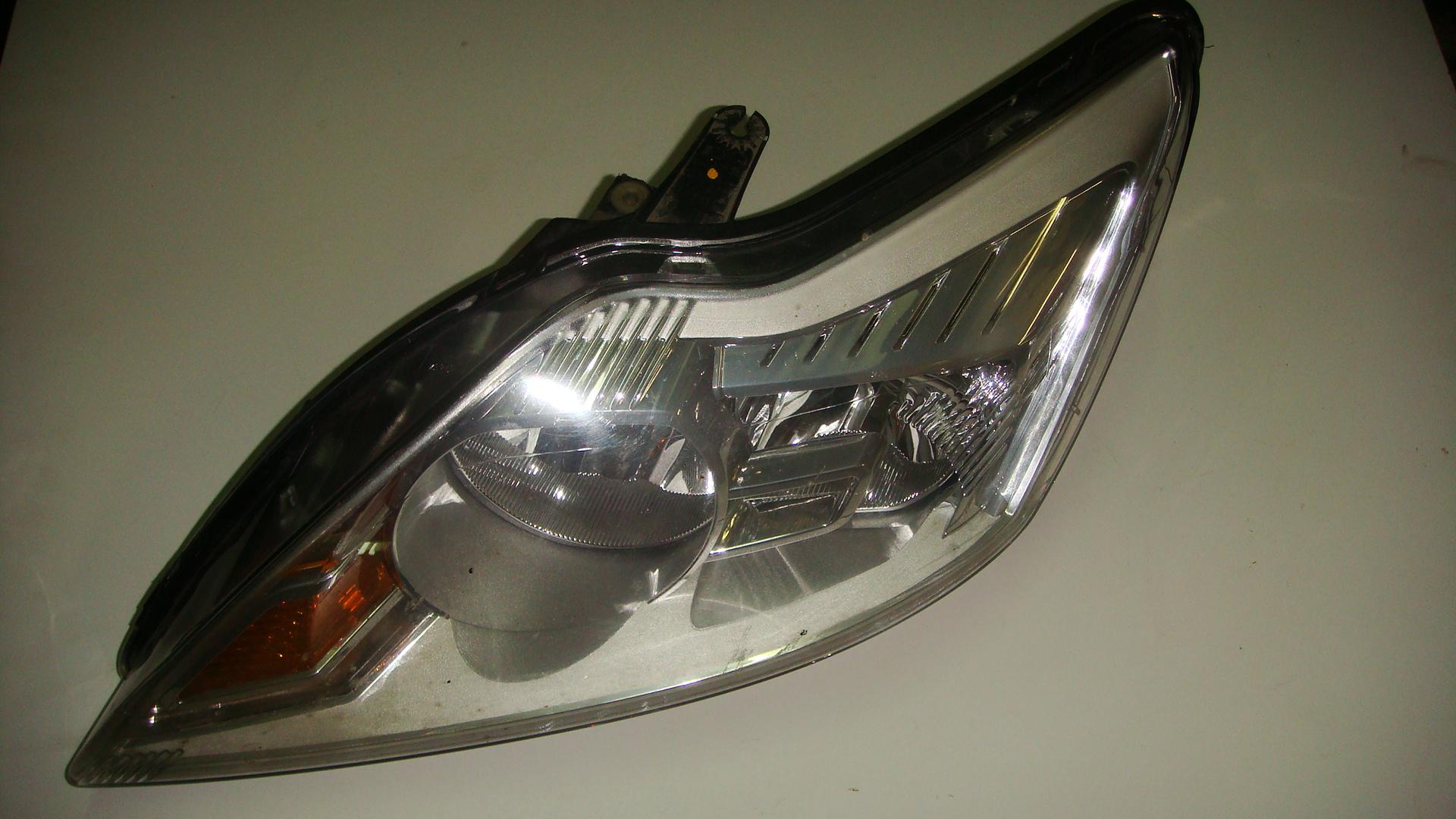 Ford focus магнитола soni колонки на ремонт
