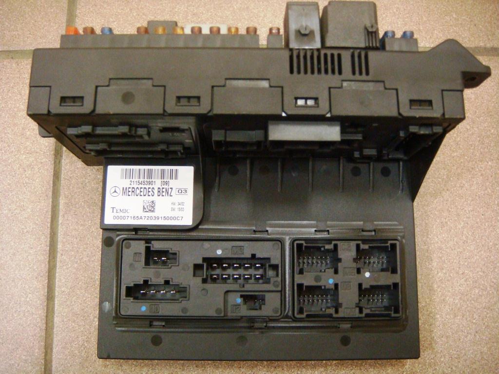 ремонтируем автомобили 8(812)9150690. блок предохранителей разьемы с шильдой.